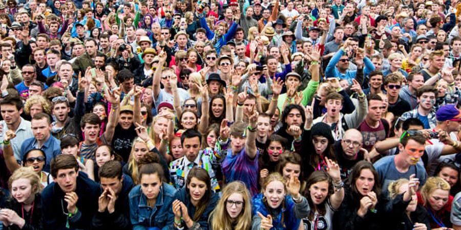 imágenes de personas jovenes